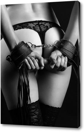 Девушки в наручниках фото