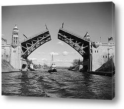 Картина Судно проплывающее под мостом Монтлайк.