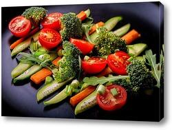 Салат из свежих овощей ( горизонтальный)