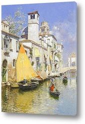 Гондола на Венецианском канале