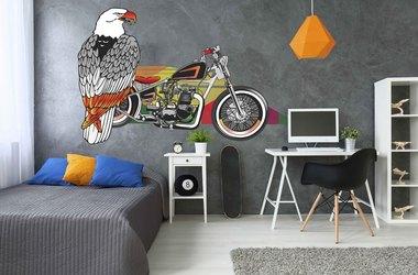 мотоцикл и орел