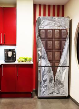 Наклейка Шоколадный холодильник